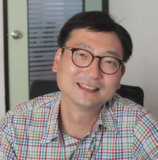 "Joomin ""Chris"" Lee - CEO and Founder, Funizen Solutions Pvt. Ltd."
